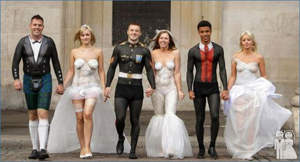 funny wedding party photo