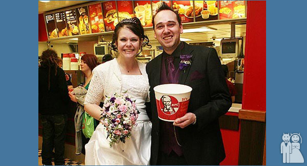 funny kfc fast food wedding photo